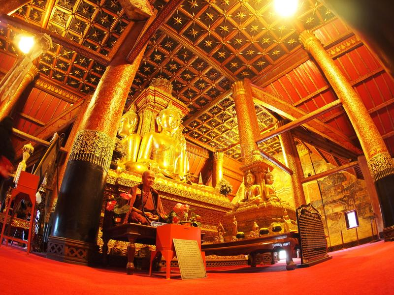 o templo do norte famoso de TAILÂNDIA WAT PHUMIN fotografia de stock
