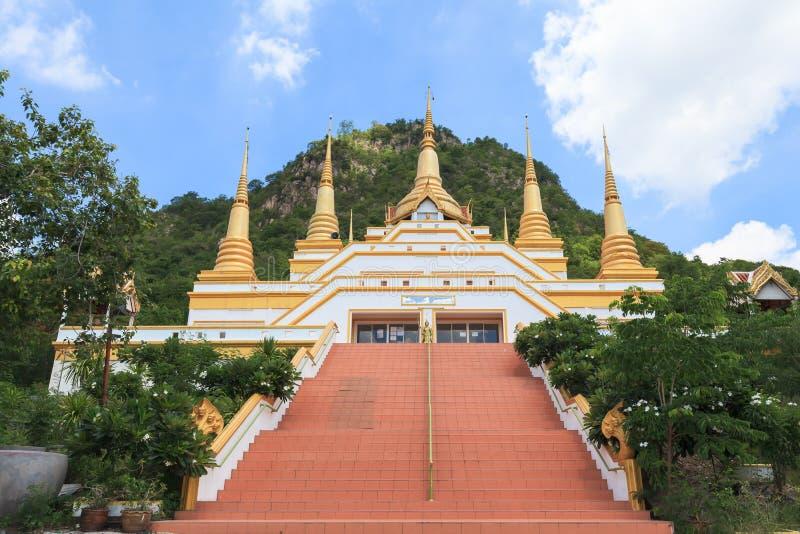 O templo nomeia Wat Tham Phra That Khao Prang imagens de stock