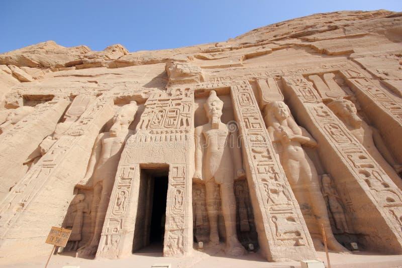 O templo pequeno de Nefertari Abu Simbel, Egipto imagens de stock royalty free