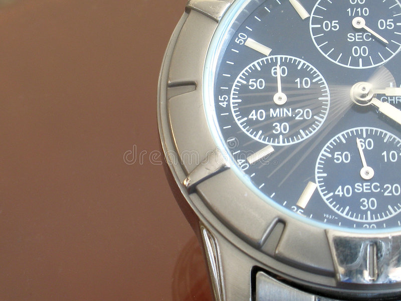 Download O tempo vai perto foto de stock. Imagem de segundos, alarme - 106598