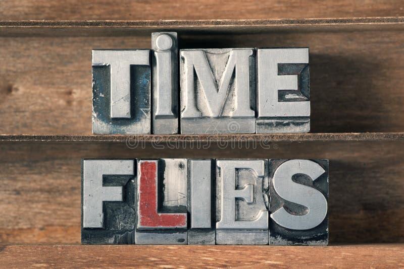 O tempo voa a bandeja imagens de stock