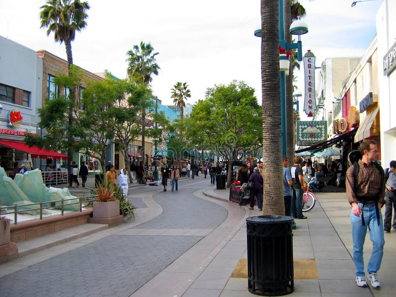 O terceiro passeio da rua, Santa Monica, Califórnia, EUA fotografia de stock