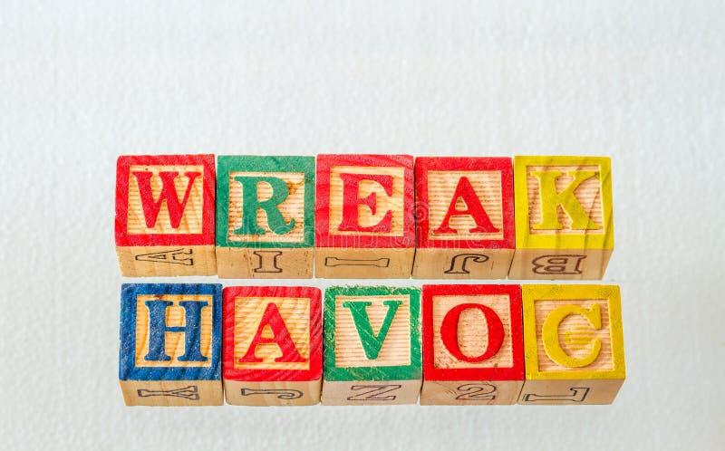 O termo wreak dano indicado visualmente imagens de stock royalty free