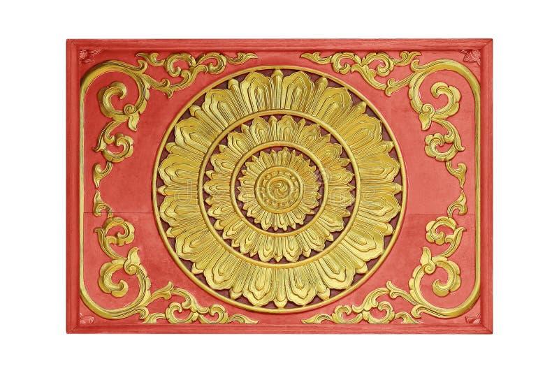 O teste padrão da flor cinzelou na madeira para a decoração imagens de stock royalty free