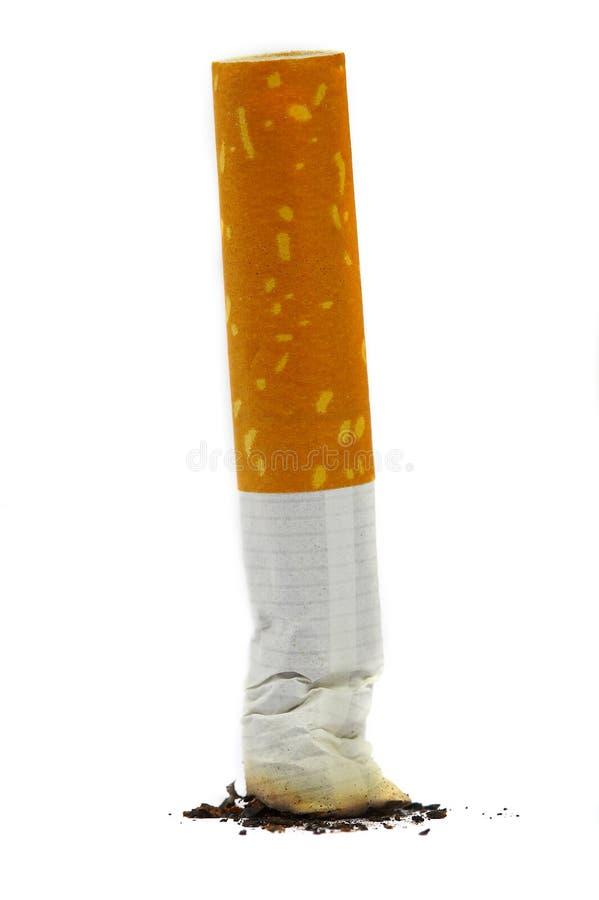 O topo extinto de um cigarro imagens de stock