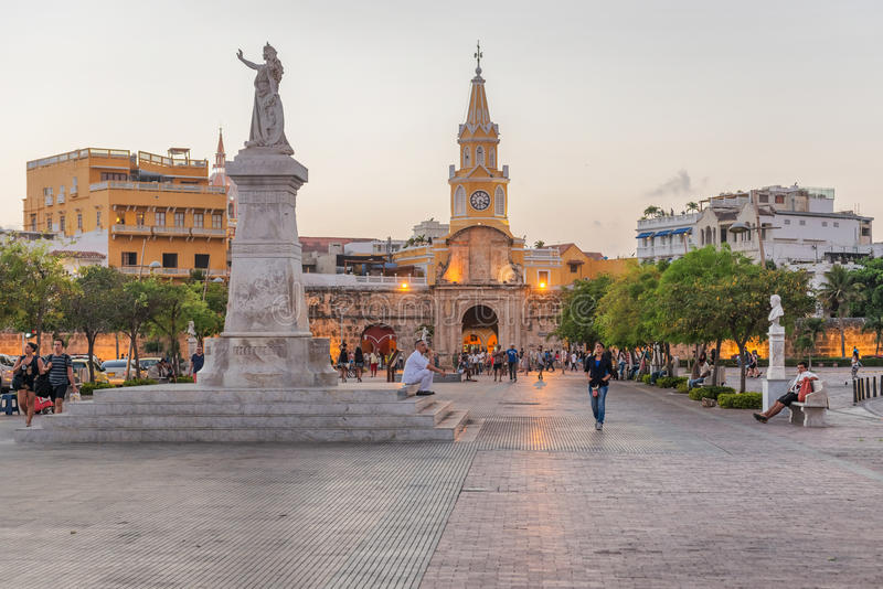 O Torre del Reloj, ou torre de pulso de disparo em Cartagena, Colômbia foto de stock royalty free