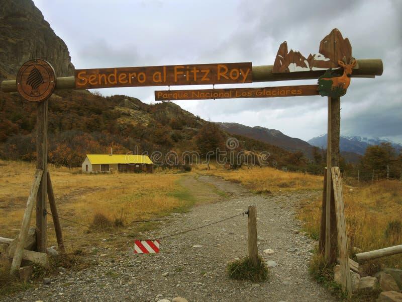 O trajeto à montanha de Fitz Roy, no EL Chalten, Argentina. foto de stock