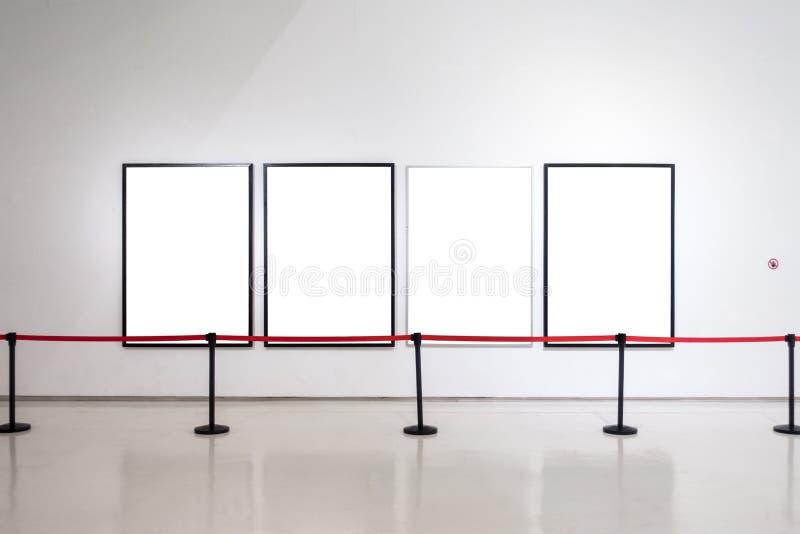 O trajeto de grampeamento branco da exposição de Art Gallery Museum Blank Frame é imagens de stock royalty free