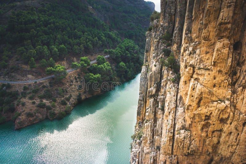 O trajeto pequeno de Rey The King do del de Caminito, província de Malaga, Espanha fotos de stock