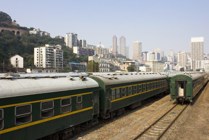 O transporte de um trem fotos de stock