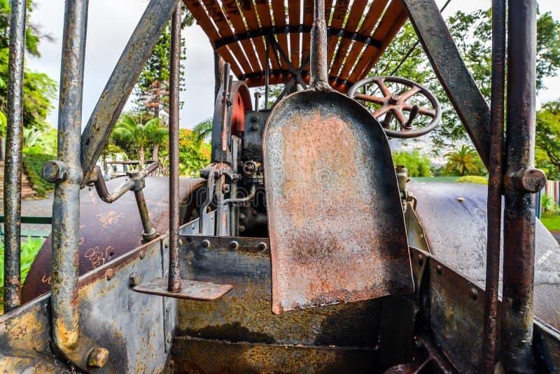 O trator antigo - Funchal fotografia de stock royalty free