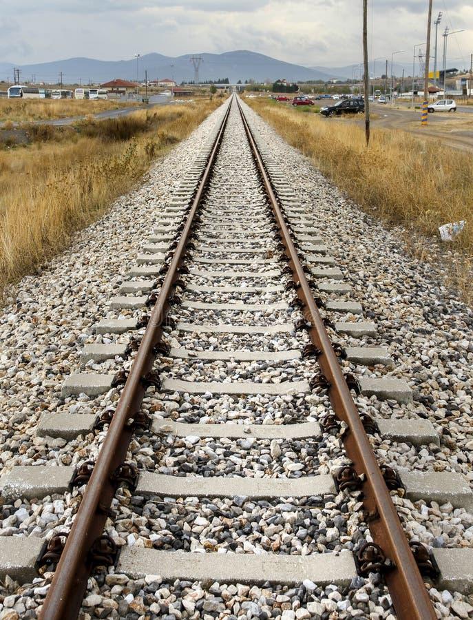 O trem segue a condução ao futuro imagens de stock royalty free