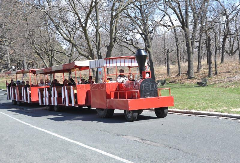 O trem trackless do parque alto foto de stock royalty free
