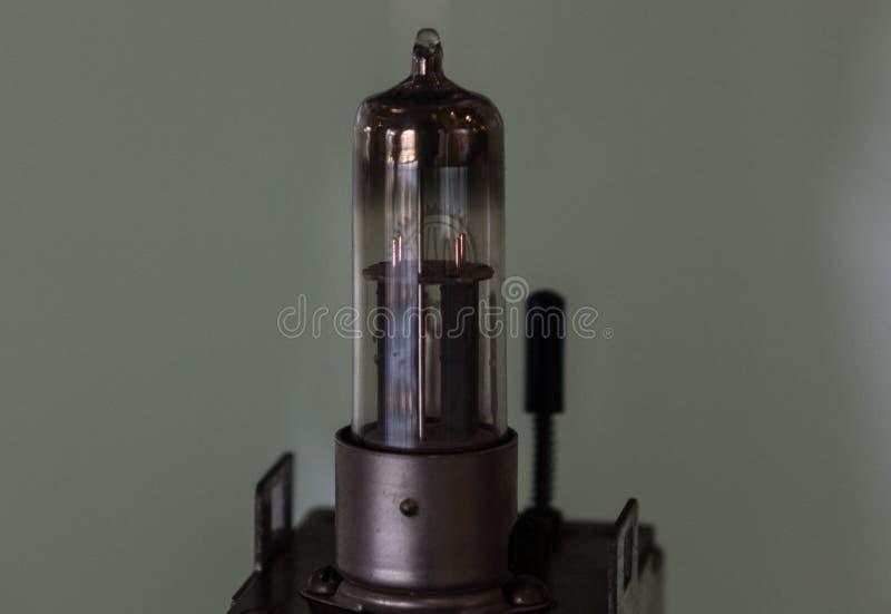 O tubo velho e do vintage de vácuo, macro foto de stock