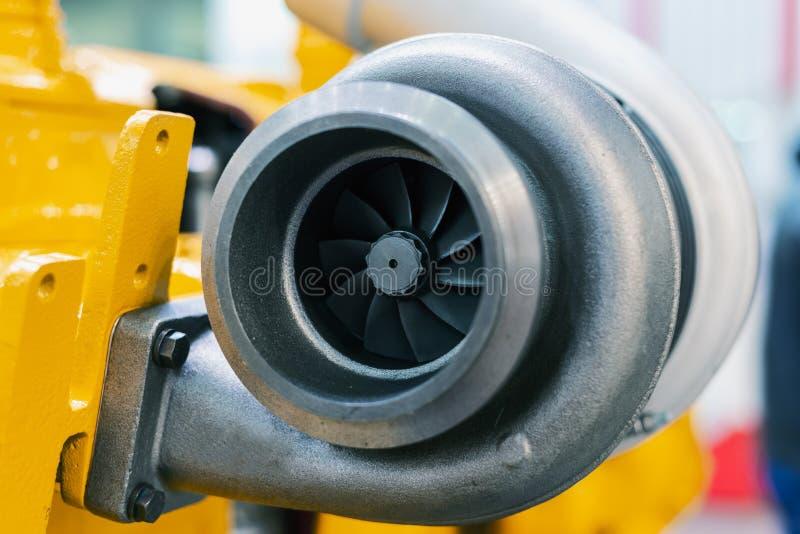 O turbocompressor do carro imagem de stock