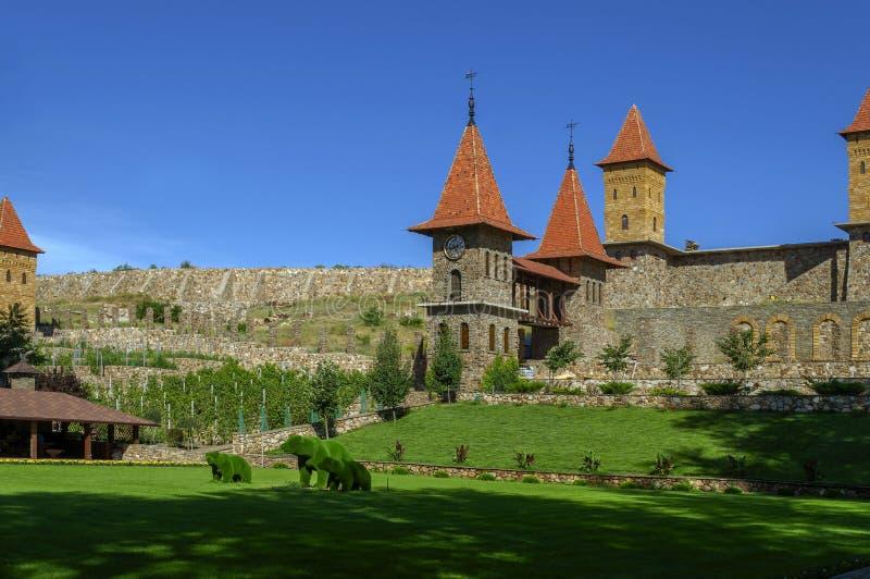 O verde carrega no início de uma sessão do parque a região de Rostov em Rússia imagem de stock royalty free
