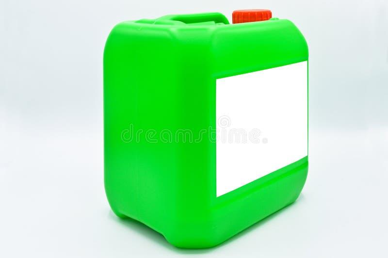 O verde coloriu a garrafa detergente pl?stica Cosm?tico, recipiente Garrafas, sujas foto de stock