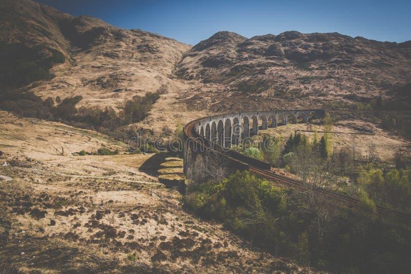 O viaduto da estrada de ferro de Glenfinnan imagens de stock royalty free