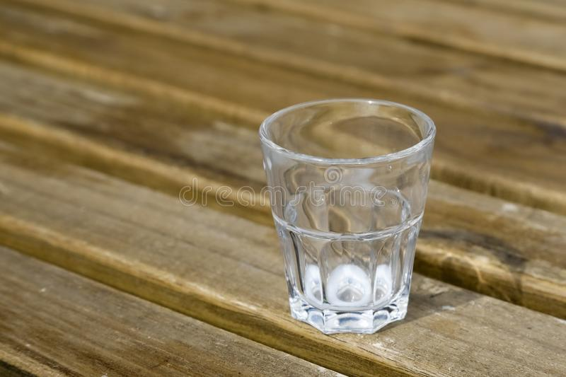 O vidro que está vazio fotos de stock royalty free