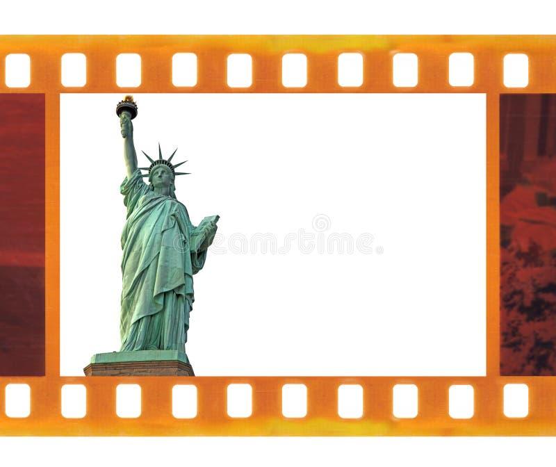 O vintage 35mm velhos molda o filme da foto com estátua da liberdade de NY, EUA imagens de stock royalty free