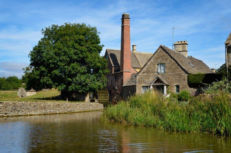 O watermill velho do moinho na mais baixa chacina imagens de stock