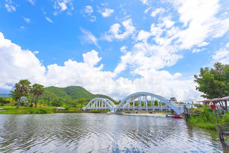 O White River, um cruzamento do rio, foi construído durante a segunda guerra mundial As tropas japonesas foram situadas em Lamph fotos de stock royalty free