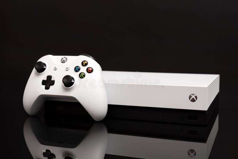 O Xbox One X é o console o mais poderoso da geração foto de stock royalty free