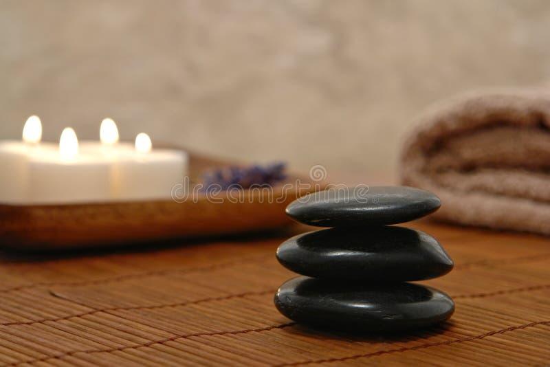 O Zen Simbólico Inspirou Kern De Pedra Em Uns Termas Fotografia de Stock Royalty Free