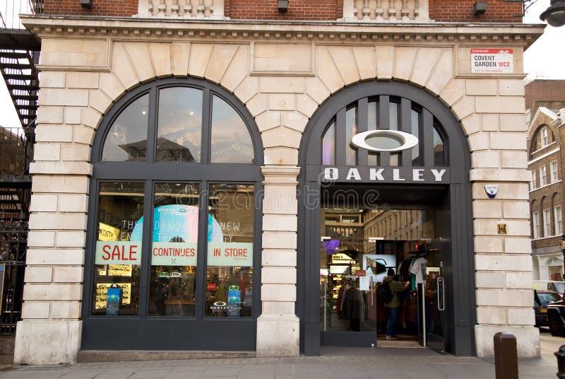 oakley outlet london