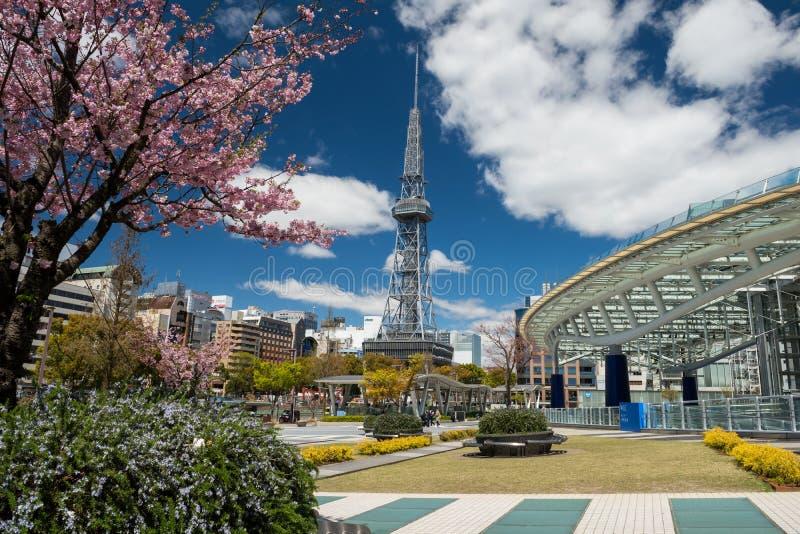 Oasis21 et bâtiments de tour de TV à Nagoya images libres de droits