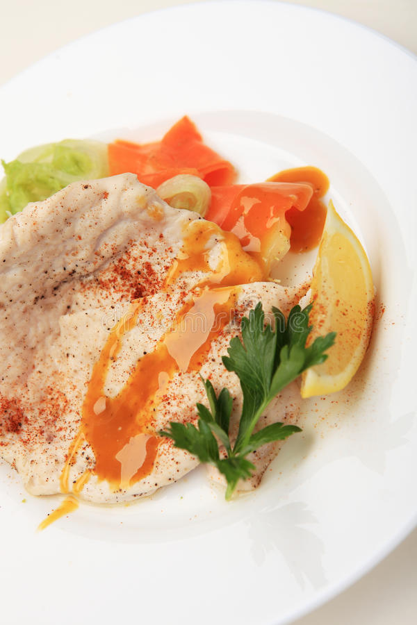 Oatmeal z owocową kurczak piersią z odparowaną Chińską kapustą o obraz stock