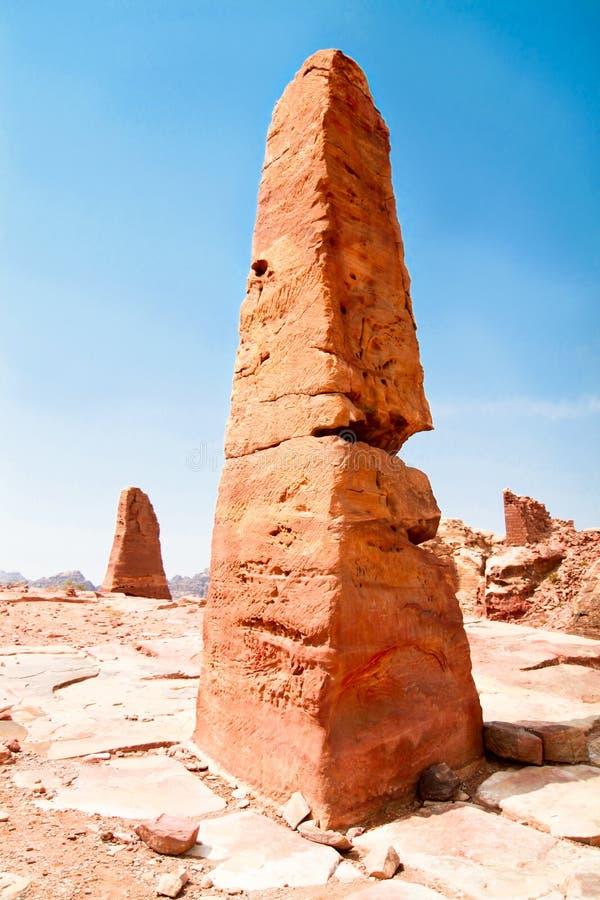 Obélisque de Nabatean dans PETRA images libres de droits