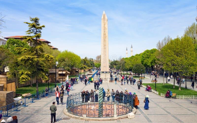Obélisque de Theodosius et de colonne de serpent à Istanbul, Turquie images stock