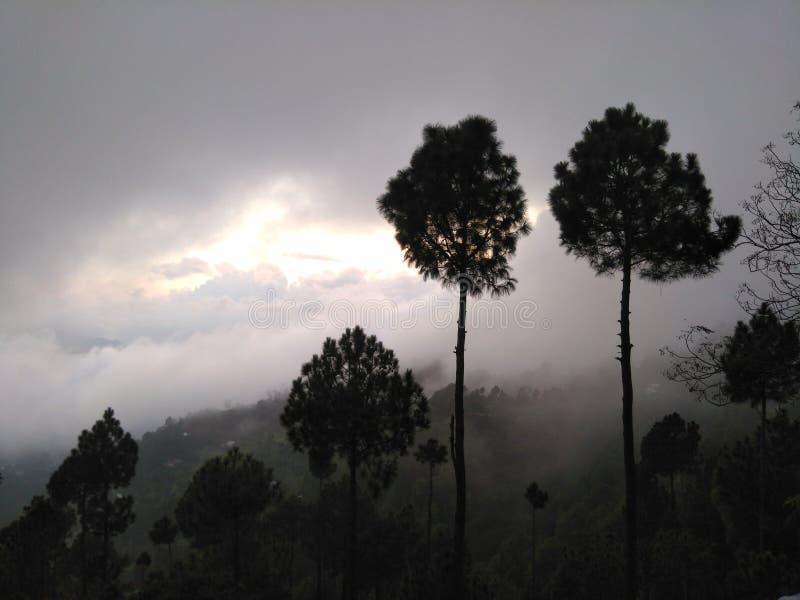 Obłoczna pogoda zdjęcie stock