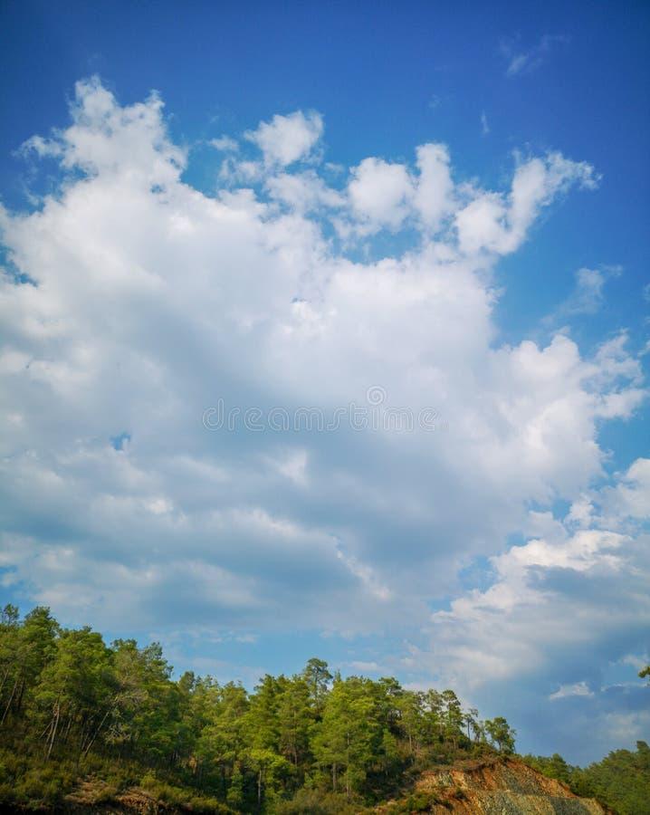 Obłoczny cumulus od wysokości samolotowy lot atmosfery pogoda fotografia stock