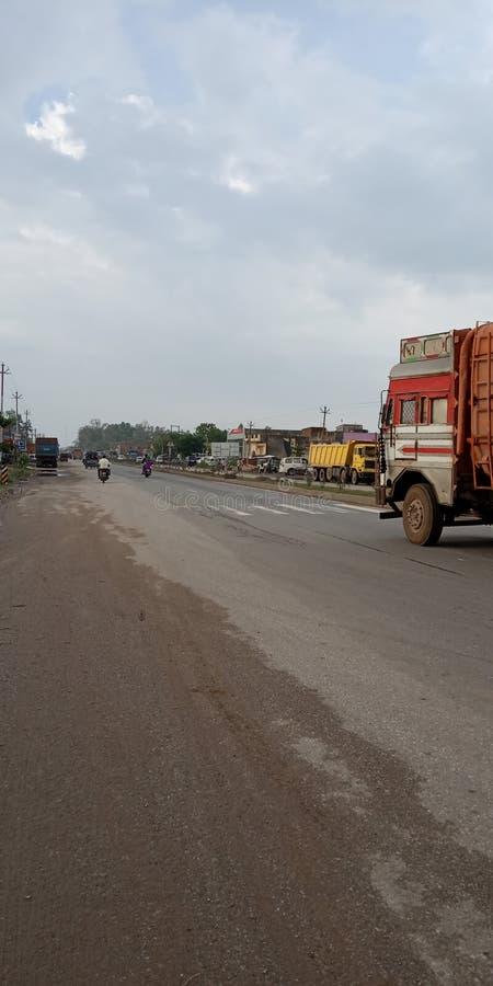 Obara hayway del camino del NH 73 al varansi en el ???????? de la India imagen de archivo libre de regalías