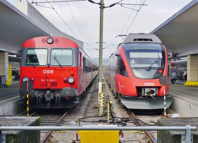 OBB si prepara in Austria alla stazione a Vienna fotografie stock libere da diritti