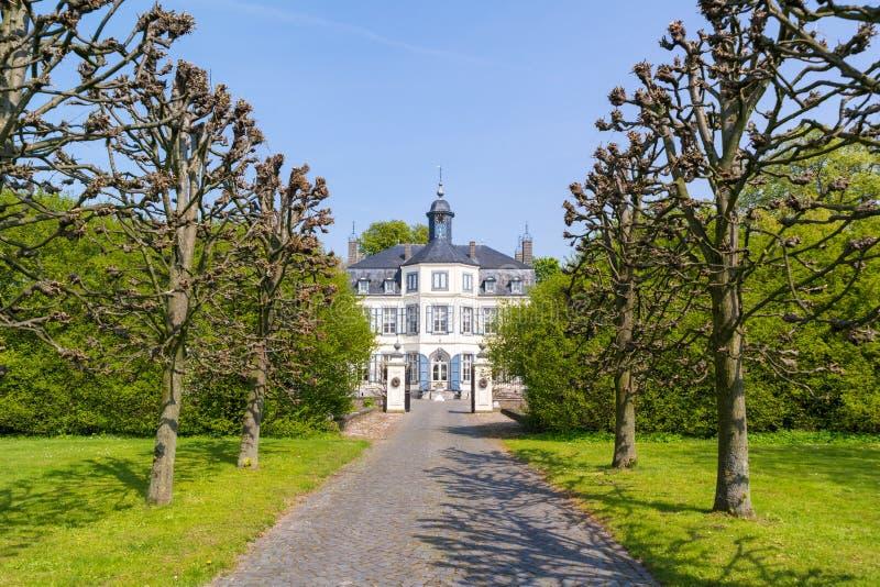 Obbicht slott i Sittard-Geleen, Limburg, Nederländerna royaltyfria foton