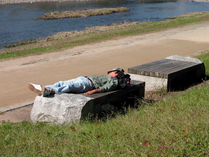 Download Obdachloser 2 stockfoto. Bild von ablage, outdoor, schlafen - 35704