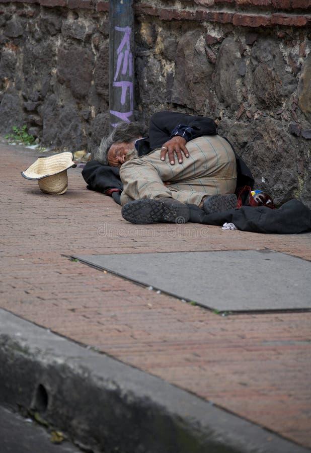 Obdachloser in Bogota lizenzfreie stockbilder
