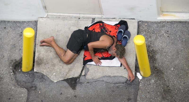 Obdachloser Mann lizenzfreie stockfotografie