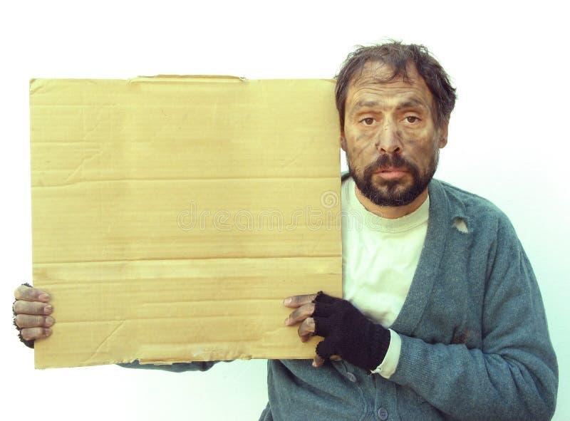 Obdachloser und Pappe lizenzfreie stockbilder