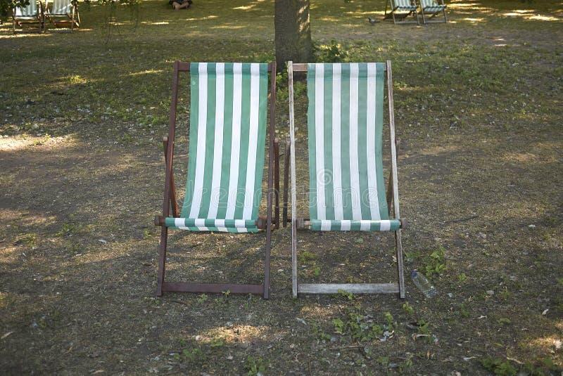 Obdzierający pokładów krzesła zdjęcia stock