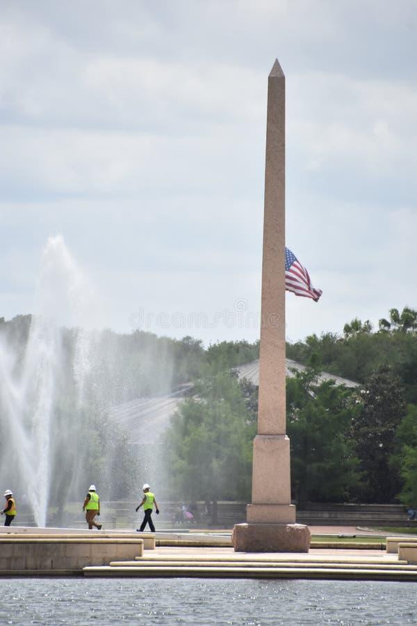 Obelisco conmemorativo pionero en Hermann Park en Houston, Tejas imagenes de archivo