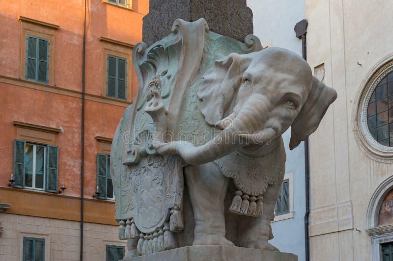 Obelisco dell'elefante, scultura del punto di riferimento di Minerva di della di Obellisco a Roma, Italia immagine stock libera da diritti