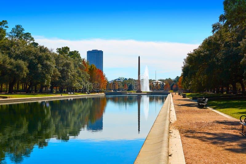 Obelisco do memorial do pioneiro do parque de Houston Hermann foto de stock royalty free