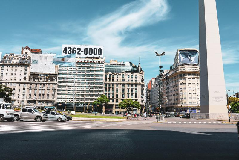 Obelisk av Buenos Aires i Argentina royaltyfri bild