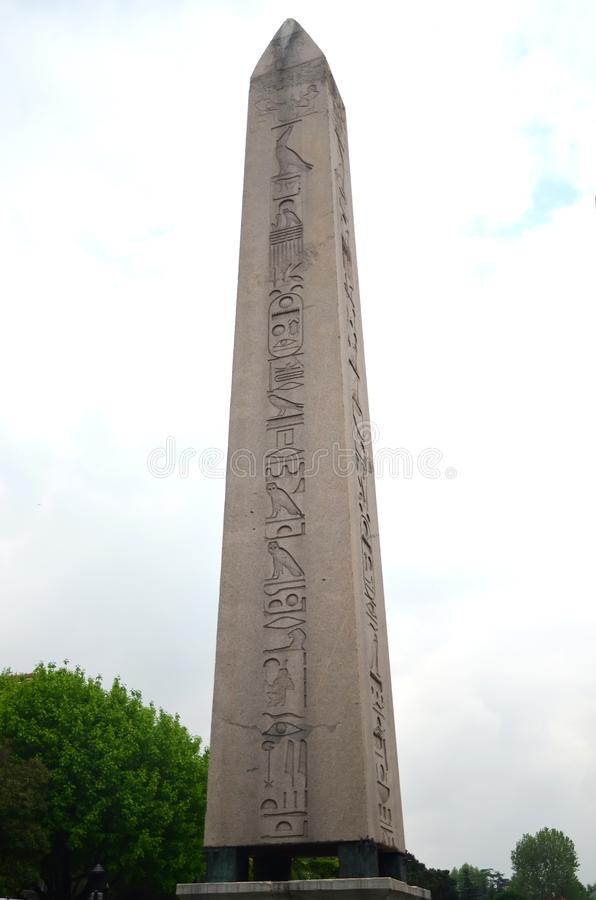 Obelisk av Theodosius - Theodosius Dikilita i Istanbul, Turkiet royaltyfria bilder