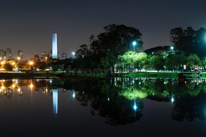Obelisk Sao Paulo arkivbilder