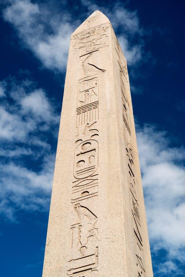 Obelisken av Theodosius i Istanbul, Turkiet royaltyfri bild